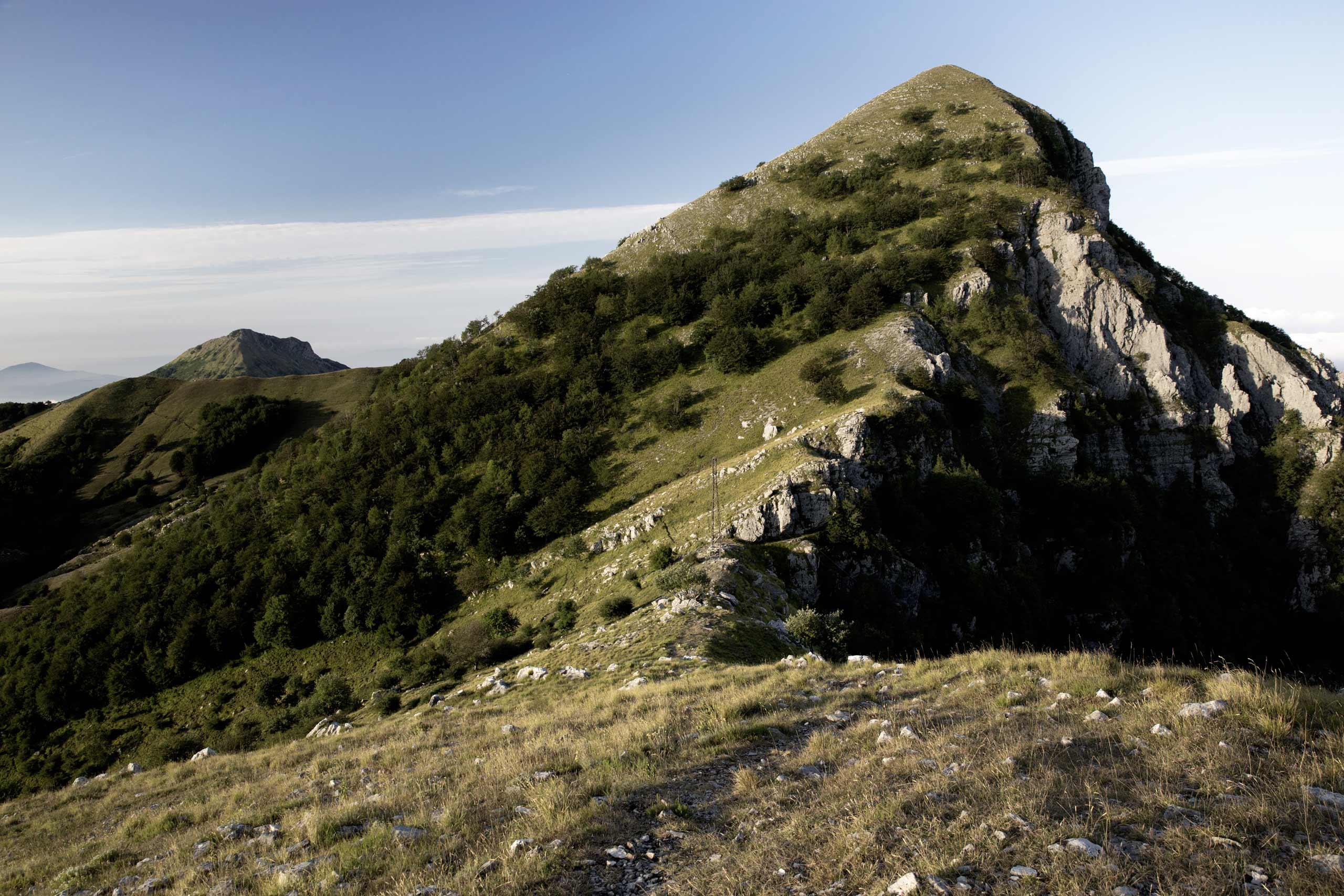 Il Monte Matanna, il crinale del Nona e il Tavolo degli Streghi