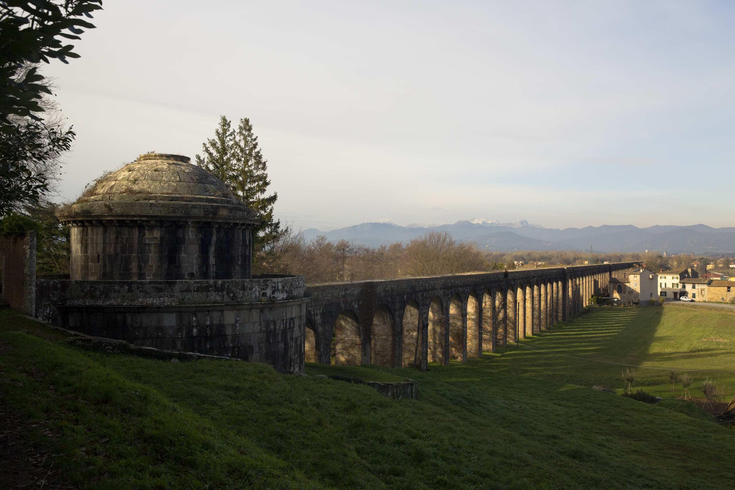 L'Acquedotto del Nottolini, Prato a Sigliori e le Parole d'Oro