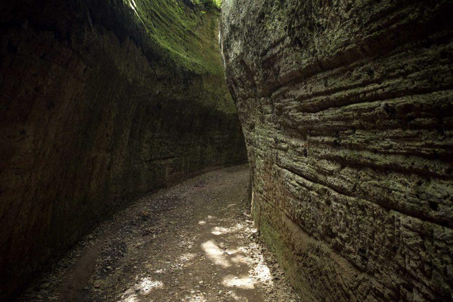 Vie Cave: tre giorni di trekking in Toscana con le terme a portata di mano